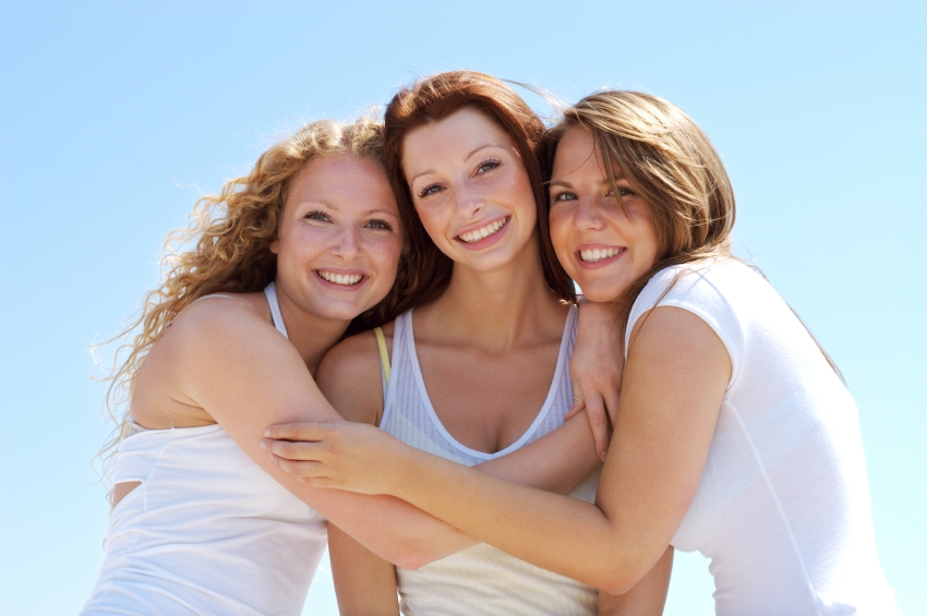 3 best friends iStock_000003578589Small[1]