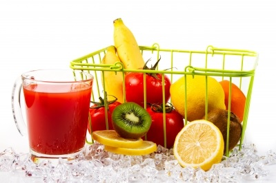 ID-100175074 vegetable juice picture by voraorn