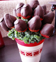 Chocolate Covered Stawberries by Jamiesrabbit via Flickr