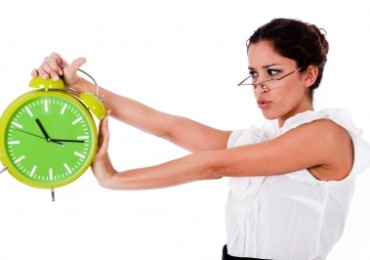 woman and clock ID-10049428 by photostock