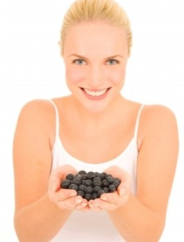 woman with blueberries ID-10039322 by Ambro